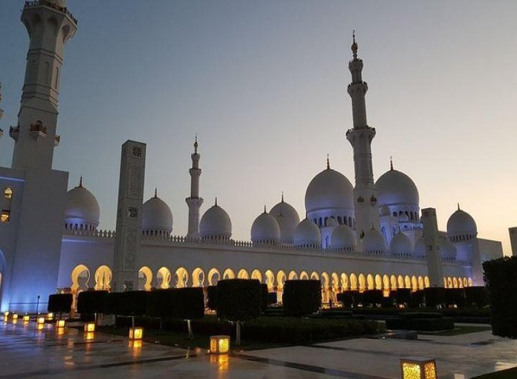 Full-Day Tour of Abu Dhabi City